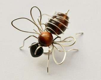 Bee Sculpture Small Wall Mounting