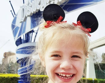 Minnie Mouse Ears Hair Clips Disney Inspired Perfect for Disneyland / Disney World or Halloween Costume Dress Up Costumes