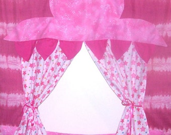 Oh So Pink Doorway Puppet Theater for Imaginative Play with carry bag and storage pockets