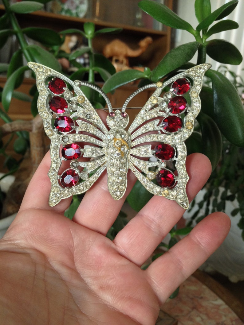Staret Butterfly MASSIVE UNsigned pot metal rhinestones GORgeous fabulous 1930 Brooch Pin Glamorous Red and clear Glass Stones Glitzy RARE