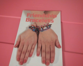 Friendship Bracelets Pattern Book Over 20 Craft Items and Accessories Kids Fun Crafty Projects
