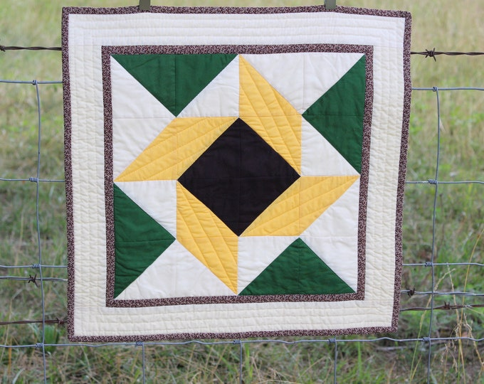 Square Quilted Sunflower Table Topper