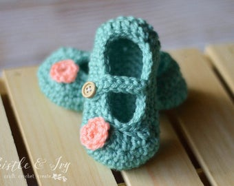 CROCHET PATTERN: Little Dot Baby Mary Janes pdf DOWNLOAD