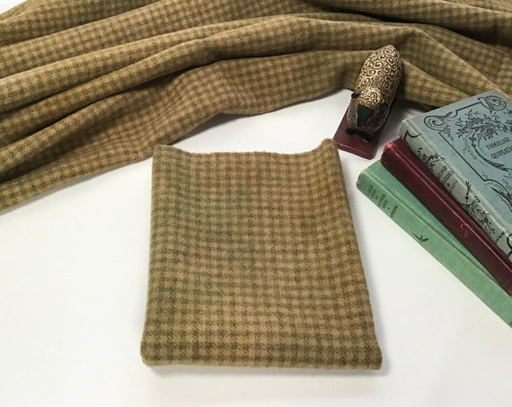 Haystack Check, hand dyed fat quarter, 100% wool fabric for rug hooking and applique, W525,  Old Gold, Primitive Gold