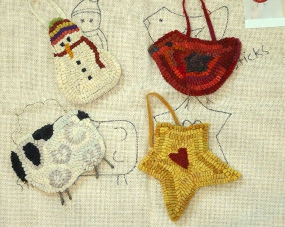 Rug Hooking Pattern, Christmas Ornaments, J549, Wide Cut, Primitive Rug Hooking, DIY Ornaments
