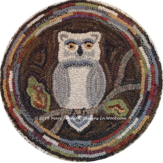 "Rug Hooking PATTERN, Woodland Owl Chair Pad or Table Mat, 14"" Round, J897, DIY Primitive Rug Hooking, Wide Cut Rug Hooking"