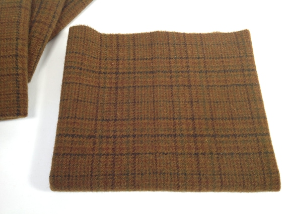 Golden Brown Plaid, Mill Dyed Wool Fabric for Rug Hooking and Applique, Fat 1/4 or Fat 1/8th, Select-a-size, W451, Warm Brown