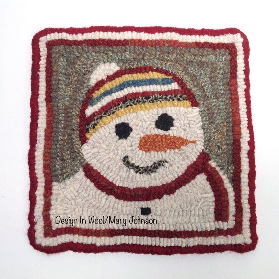 "Rug Hooking PATTERN, 8"" x 8"", Snowman Mat 2, P136, DIY Primitive Rug Hooking, Winter Table Mat or Trivet"