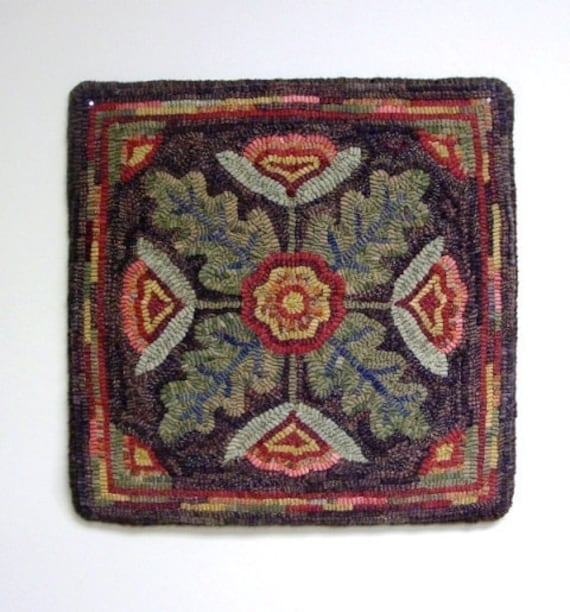 "Rug Hooking PATTERN, Floral Motif , 16"" x 16"",  J531, Primitive Flower Design, Folk Art Floral Rug Pattern"