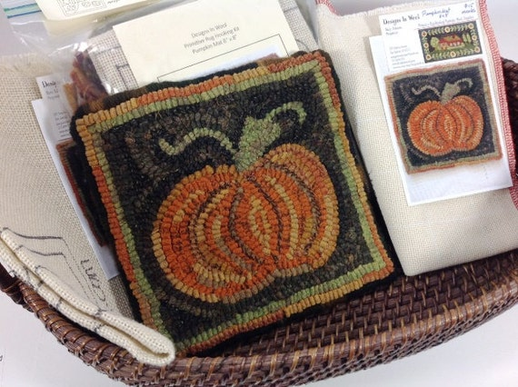 "Rug Hooking KIT, ""Pumpkin Mat"", 8"" x 8"", J842, DIY Halloween Hooked Rug Mat, Autumn Tea Trivet, Coffee Pot Mat"