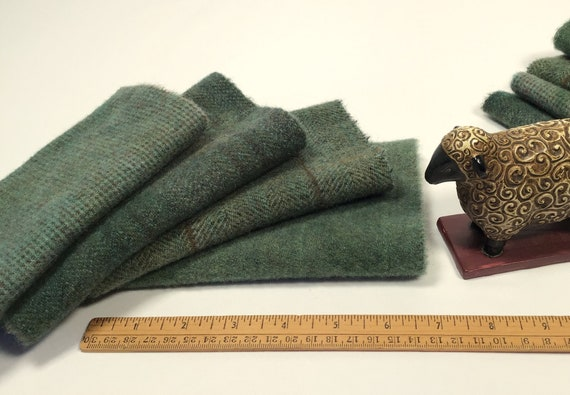 4) fat 1/16ths, Evergreen Textures, Hand Dyed Wool Fabric, W550, Spruce Green, Pine Green