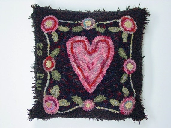 "Rug Hooking PATTERN, Heart and Flowers, 15"" x 15"", P138, Folk Art Heart Design, Primitive Rug Hooking Pattern"