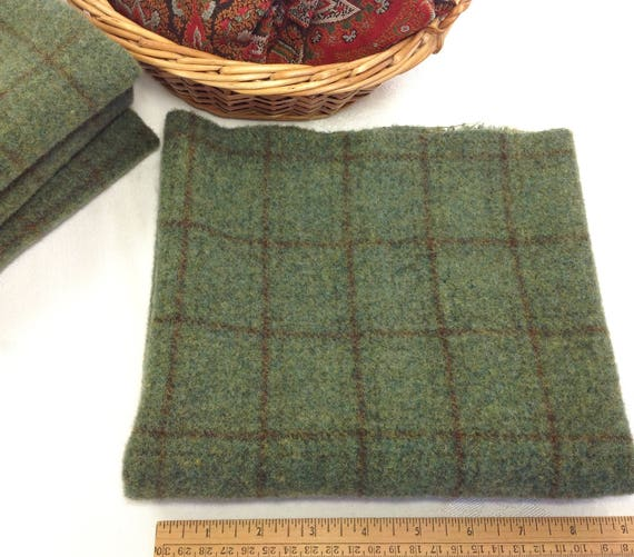 Fat 1/4 Yard, Pine Forest Green, Mill Dyed Wool Fabric for Rug Hooking and Applique, W440, Emerald green, Ivy Green