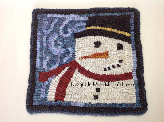 "Rug Hooking PATTERN, Snowman Mat, 8"" x 8"", P118, DIY Primitive Rug Hooking, Winter Rug Mat, Christmas Tea Trivet"