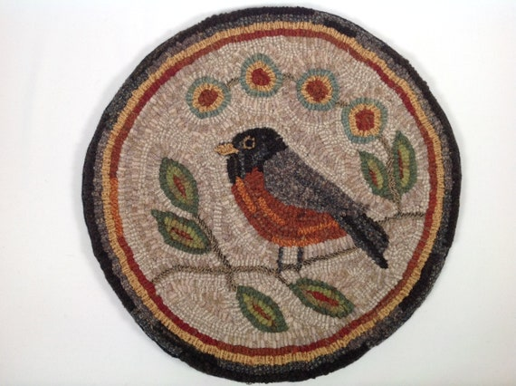 "Rug Hooking PATTERN, Robin Chair Pad or Table Mat, 14"" Round, P189, DIY Folk Art Robin, Wide Cut rug hooking"