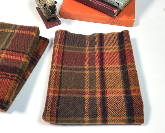 Scottie Plaid, a mill dyed wool for Rug Hooking and Appliqué, W410, Autumn Colors large plaid