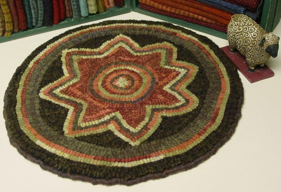 "Rug Hooking PATTERN, Star Flower Chair Pad, 14"" round, J671, Primitive Wide Cut Hooking, DIY Chair Pad Rug Pattern"