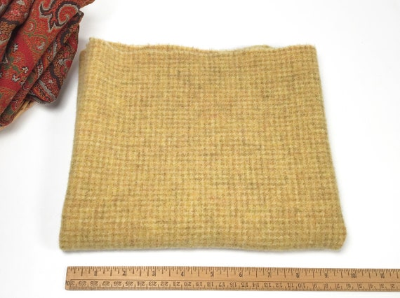 Sunflower Check, Fat 1/4 yard, Mill Dyed Wool Fabric for Rug Hooking and Appliqué, J974, sunny yellow, soft gold, country yellow