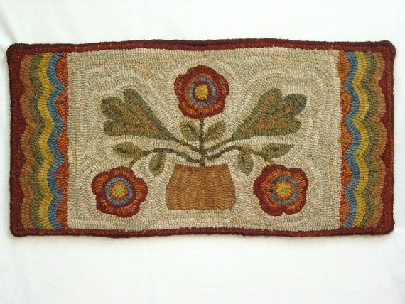 "Rug Hooking PATTERN, Three Flowers Runner 12"" x 24"", P190, Primitive Rug Design, DIY Wide Cut Hooking"