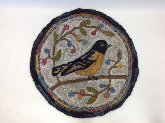 "Rug Hooking PATTERN, Oriole Chair Pad or Table Mat, 14"" Round, P122, Primitive Oriole Rug Design, Folk Art Oriole"