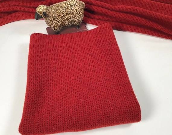 Rocket Red, Mill Dyed Wool Fabric for Rug Hooking and Appliqué, Fat 1/4 or Fat 1/8,  W569, Red and charcoal texture