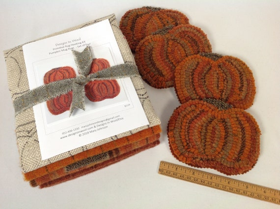Rug Hooking Kit, Pumpkin Mug Rugs, K119, DIY Coasters, Fall Folk Art, Primitive Pumpkins, Country Pumpkin Coasters