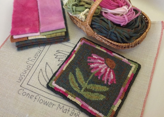 "Rug Hooking KIT, ""Coneflower Mat"", 8"" x 8"", K126, DIY Primitive Rug Hooking Mat, Folk Art Flower Tea Trivet"
