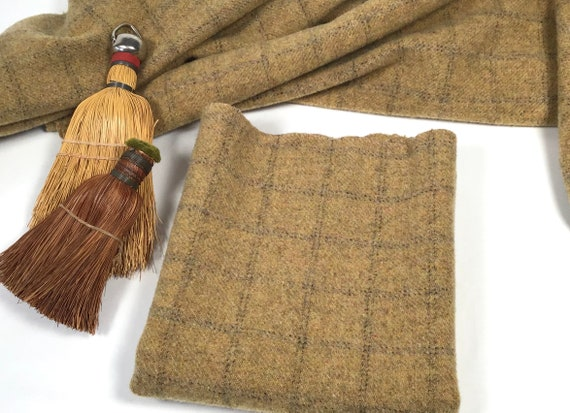Broomstraw, a Mill Dyed Wool Fabric for Rug Hooking and Applique, Select-a-size, W575, Warm Gold, Primitive Gold