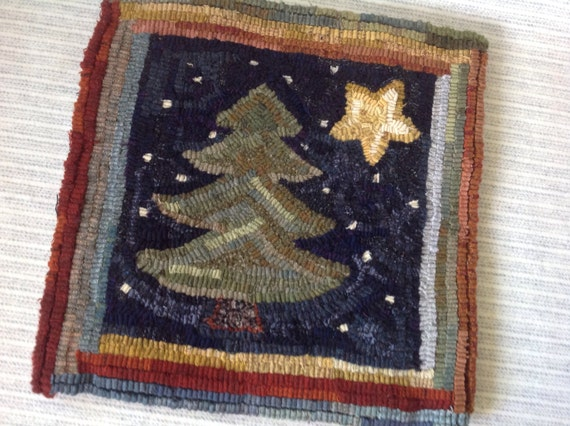"Rug Hooking PATTERN, Pine and Star, 14"" x 14"", J943, Folk Art Winter Design, Primitive Rug Hooking"