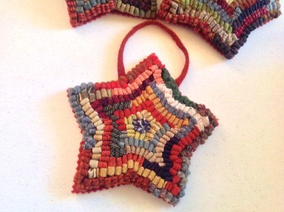 Primitive Star, Rug Hooked Ornament, J711, Tree Ornament, Door Hanger, Gift Exchange, Gift