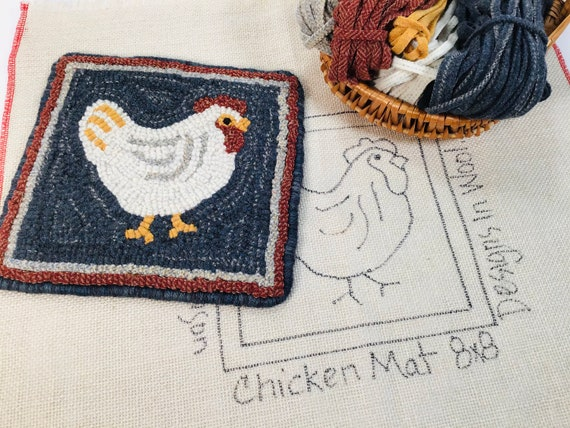 "Rug Hooking KIT, ""Chicken Mat"", 8"" x 8"", DIY rug hooking kit, Folk Art chicken kit, K101"