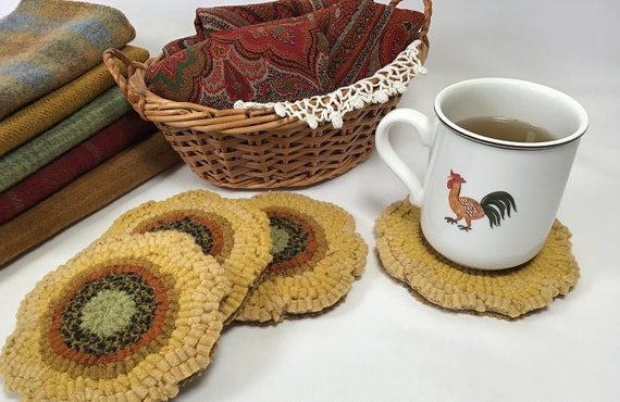 Rug Hooking KIT, Sunflower Mug Rugs, K123, DIY Rug Hooking with Wool
