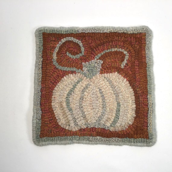 "White Pumpkin Mat, 8"" x 8"", Rug Hooking PATTERN, K125, DIY Primitive Pumpkin, Fall Rug Hooking pattern"