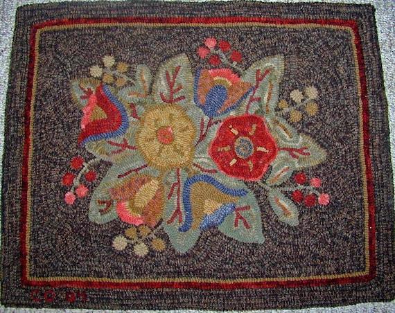 """Rug Hooking PATTERN, Primitive Floral #3, 24"""" x 30"""", P120, Flowers, Leaves, Berries, Folk Art Floral"""
