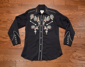 c61d3ef2d2de9 vintage 60s H bar C Ranchwear shirt gabardine rainbow embroidery cowboy  pearl snap 1960 western cowgirl 15 1 2 men women rockabilly Laguna