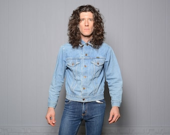 1751eeb7 vintage 60s 70s denim jacket Wrangler jean jacket distressed denim 1960 1970  Wrangler size 42 weathered worn in No Fault Denim USA