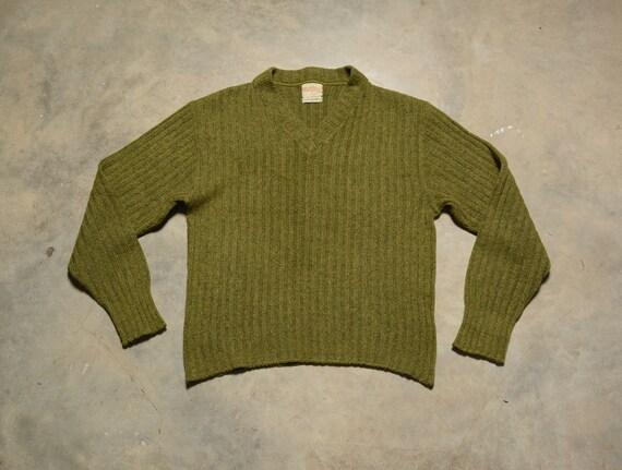 vintage 40s 50s sweater olive green v-neck pullove