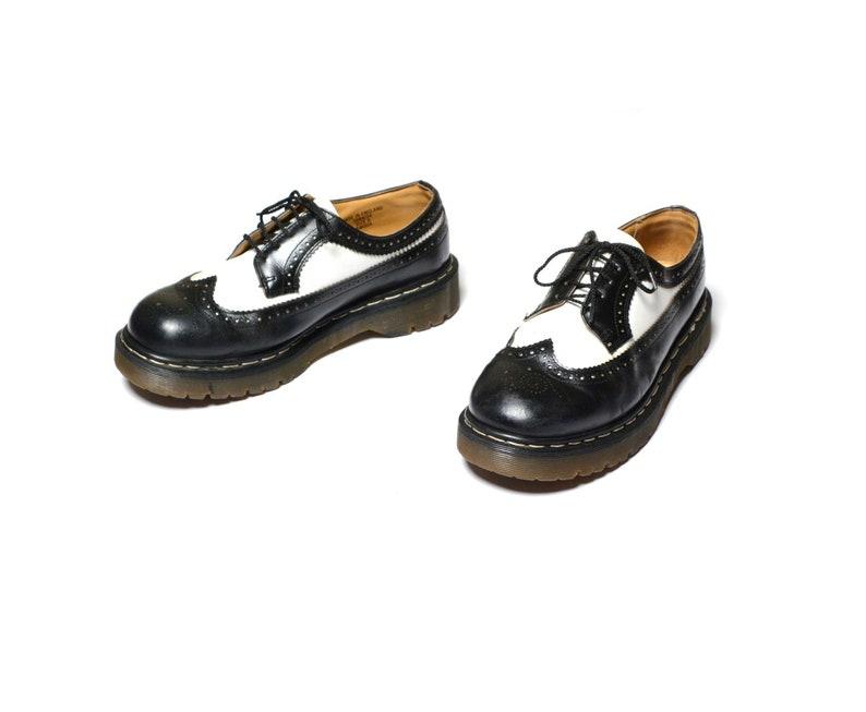 fdfc3579ac0 Vintage jaren 90 Doc Martens schoenen zwart-wit toeschouwer | Etsy
