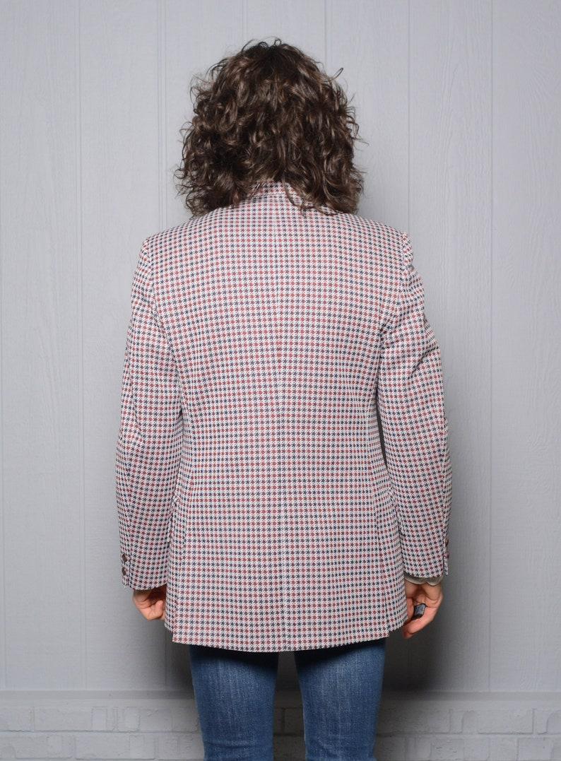 men vintage sport coat 70s plaid sport jacket 1970 menswear red blue gray houndstooth Richman Brothers 38-39R polyester blazer