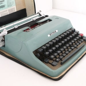 Custom Sky Blue Olivetti Lettera 25 Vintage Typewriters Working Perfectly Fully Servived
