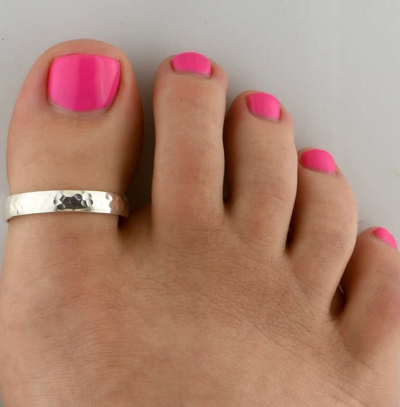 Toe Rings  -Gold Toe Ring Big Toe Ring Statement Ring - Gold Big Toe Ring Sized Toe Ring Toe Ring Hammered Big Toe Ring