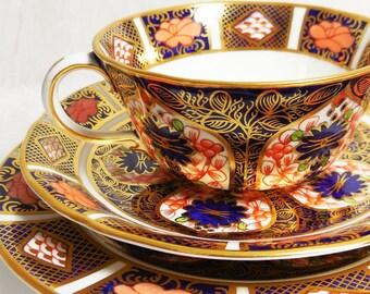Vintage Royal Crown Derby - Old Imari - Tea Cup Trio, Collectors Set  6149