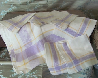 """Table Cloth and Napkins Set of 6 Vintage Matching Napkins and 48"""" x 64"""" Tablecloth Cotton Linen Cloth"""