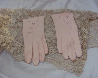 Gloves Vintage Pink Soft Wrist Gloves (120A)