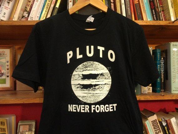 Pluto lingerie ben
