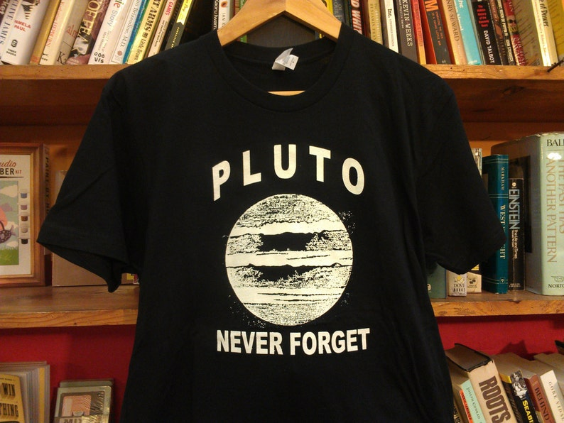 03bc336e039e Pluto Never Forget Glow In The Dark Screen Printed T-Shirt