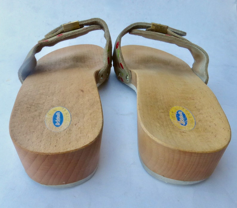 db02b46c4f5e Vintage Dr Scholls Cherry Sandals Wood Slip On Slide Apple