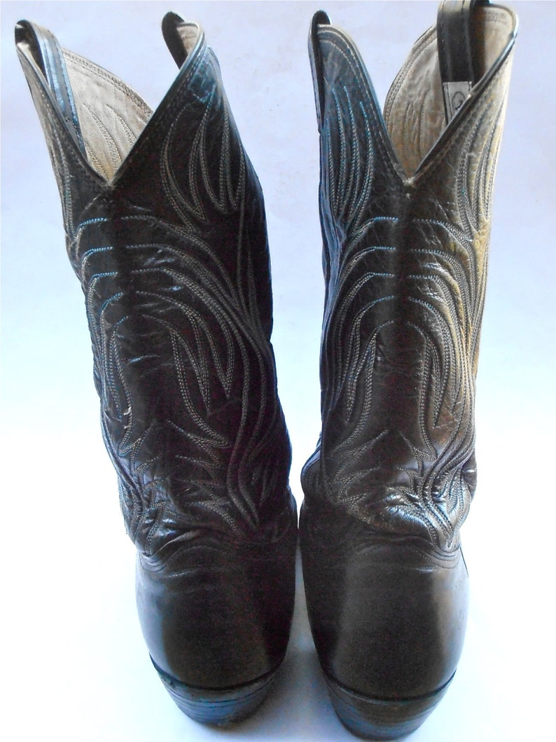 Size 10D Western Southwestern White Double Stitching Light Blue Pointed Toes Wing Flames Vintage Black Leather Mens Boots Nocona Cowboy U.S