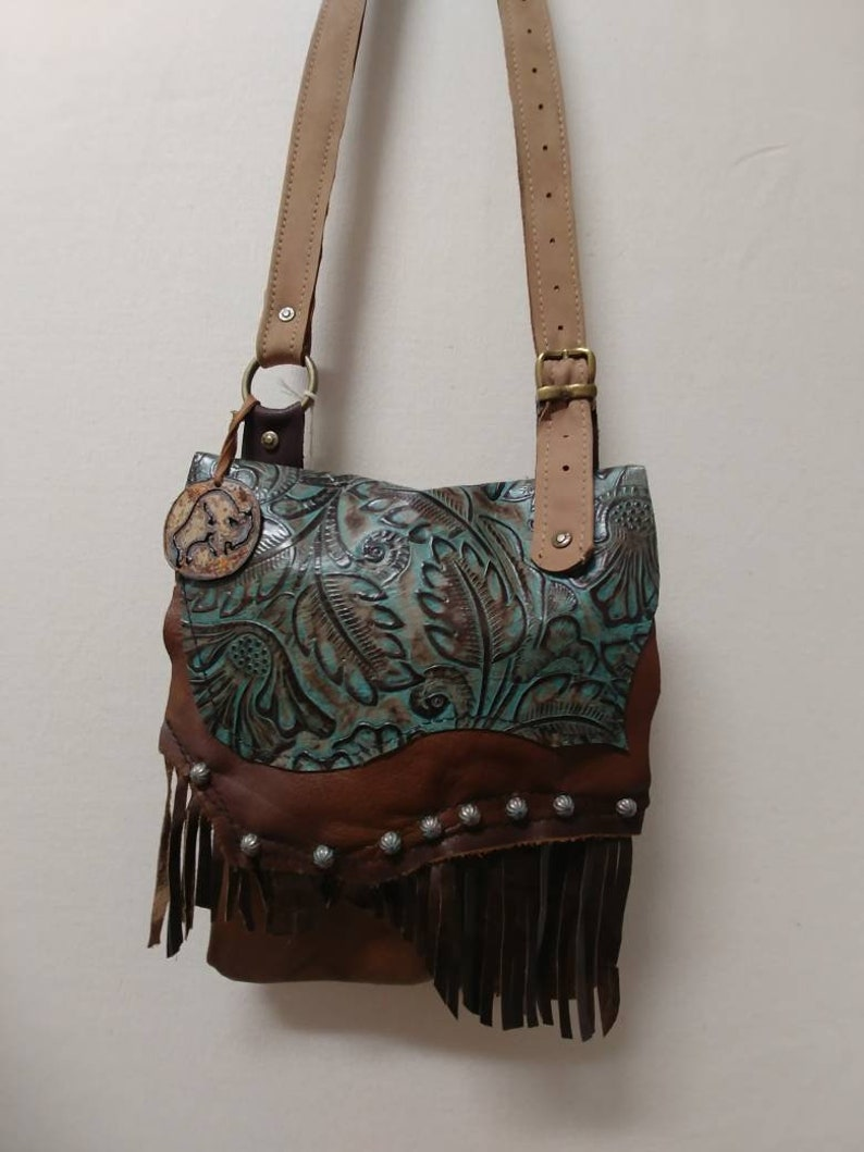 INdi Messenger BAGS Using Antique Vintage Hardwear Old Style Western Cowgirl bag/'s Handcrafted Multi Textured LeathersFringies BOHO