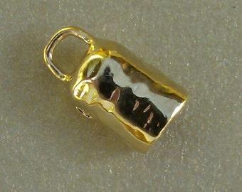 B102vm 18ktGold Vermeil Faceted Leather Cord Cap